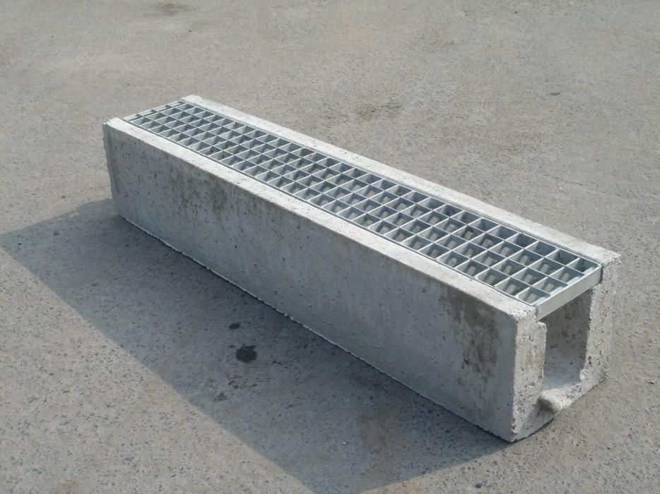 Vdb beton caniveau for Maison prefabrique en beton prix